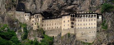 Η Αγία Σοφία στην UNESCO, η Μονή Σουμελά στο… πουθενά