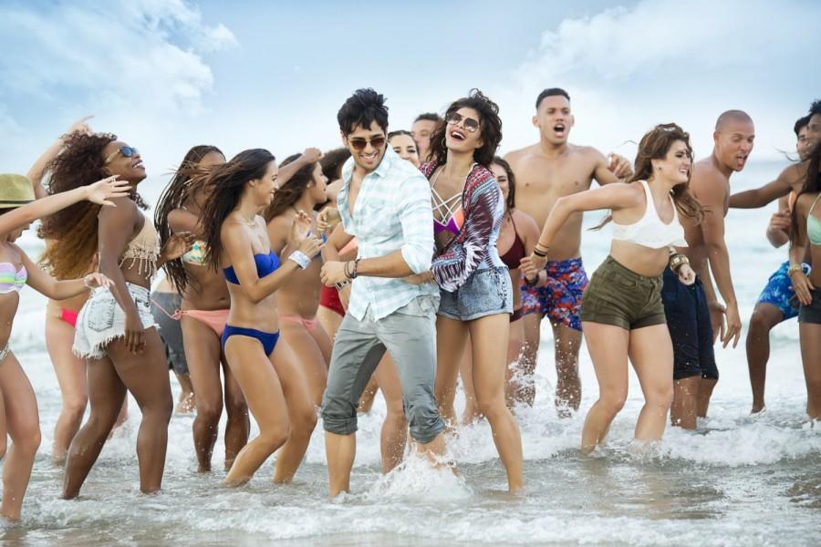 Sidharth Malhotra and Jacqueline Fernandez A Gentleman Movie Stills