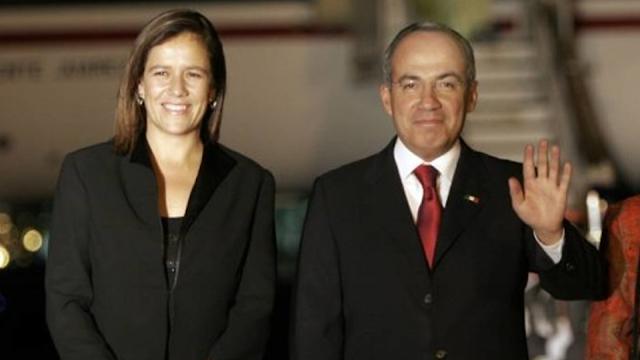 Felipe Calderón pide desde Twitter firmas para Margarita... y los usuarios lo batean