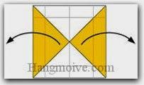 Bước 6: Mở hai cạnh giấy ra hai bên.
