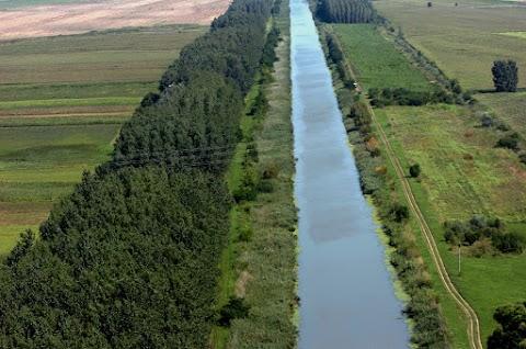 A tiszántúli termőföldek öntözését is biztosítja a Keleti főcsatorna műtárgyainak megújítása