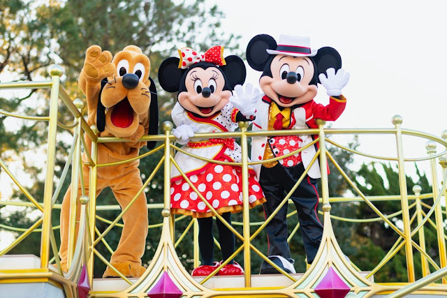 「Mickey and Friends Greeting Parade」將於2020年9月換上「Very Very Minnie」主題