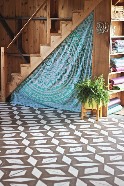 DIY Stenciled Floor