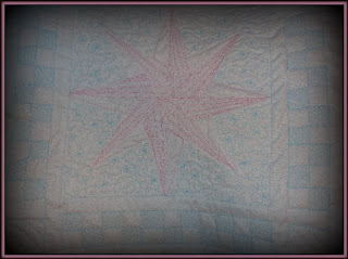 pink star table runner - back
