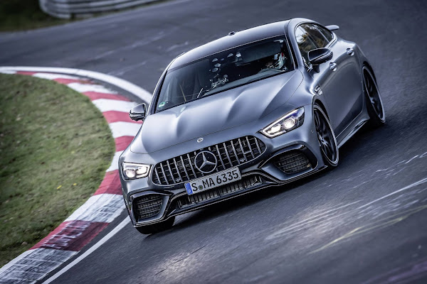 Mercedes-AMG GT 63 S é sedã de luxo mais rápido em Nürburgring