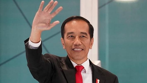 Jokowi Harus Petik Pelajaran dari Penggulingan Presiden Guinea yang Nafsu 3 Periode