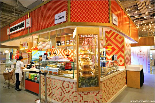 Puesto de Bocatas y Empanadas del Mercado Little Spain en Nueva York