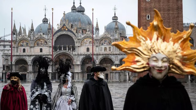 Venice still magical as tourist-free carnival kicks off this weekend