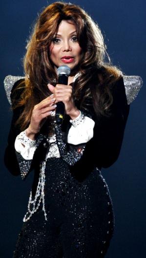 Foto de La Toya Jackson en el escenario