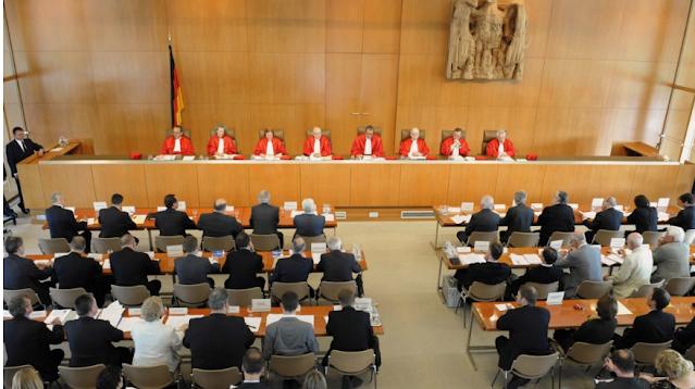 Γερμανία: Απορρίφθηκε οριστικά η προσφυγή κατά της συμμετοχής της χώρας στο πρόγραμμα αγοράς ομολόγων από την ΕΚΤ