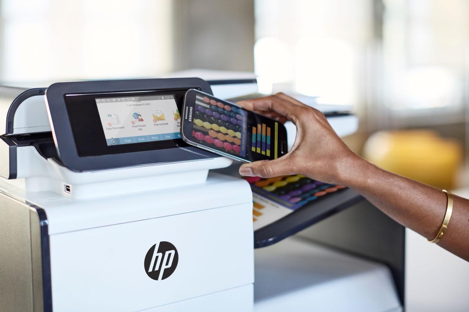 HP presenta soluciones para l etrabajo a distancia