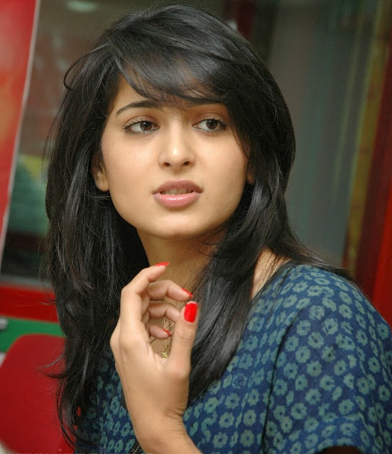 anushka-shetty-without-makeup-photo