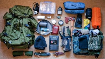 10 rekomendasi alat pendaki gunung wajib dibawa