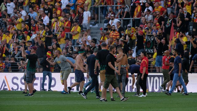 French club side Lens ordered to play behind closed doors after pitch invasion