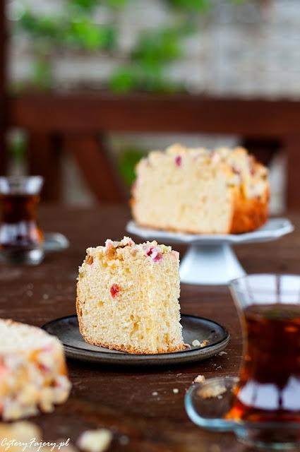 ciasto-drozdzowe-z-rabarbarem