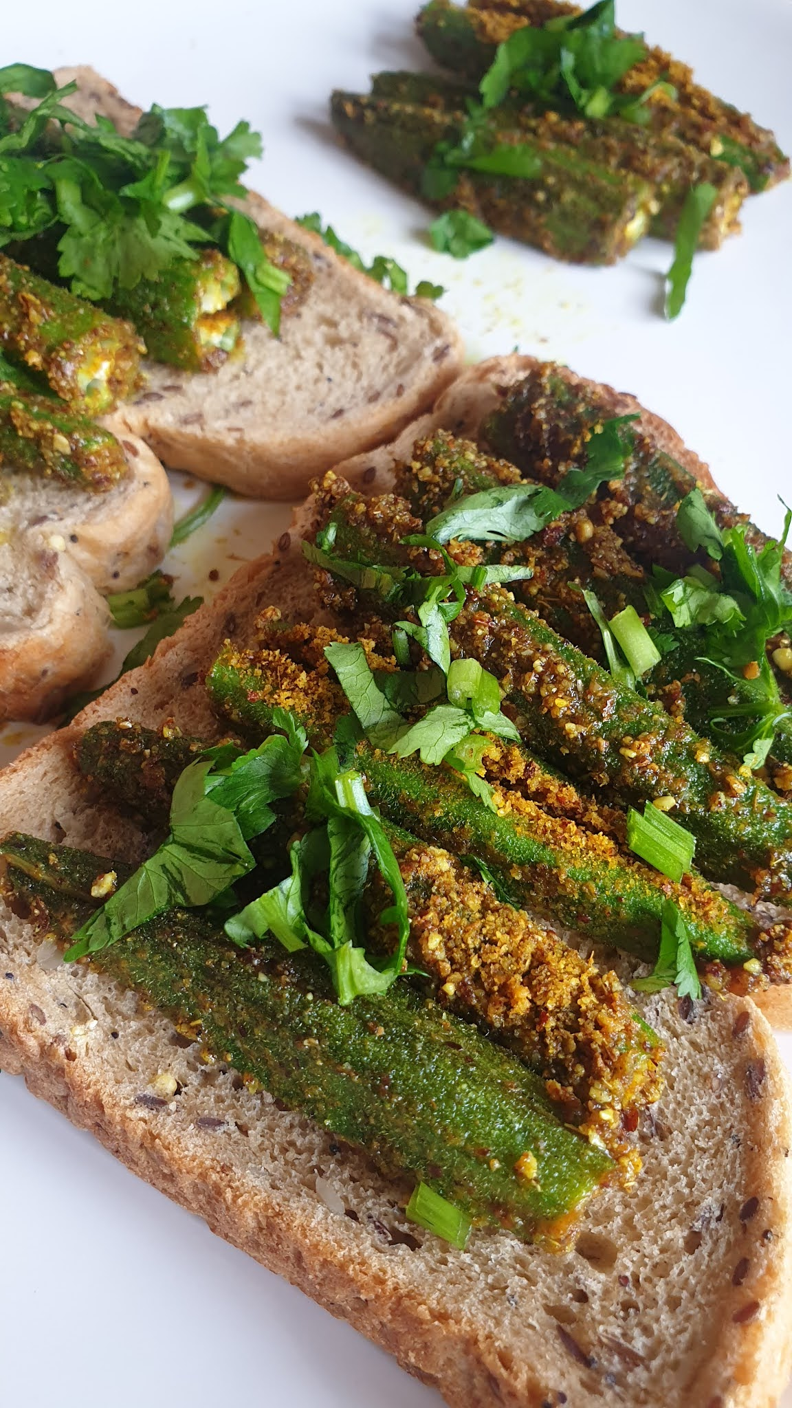 bharela bhindi sandwich