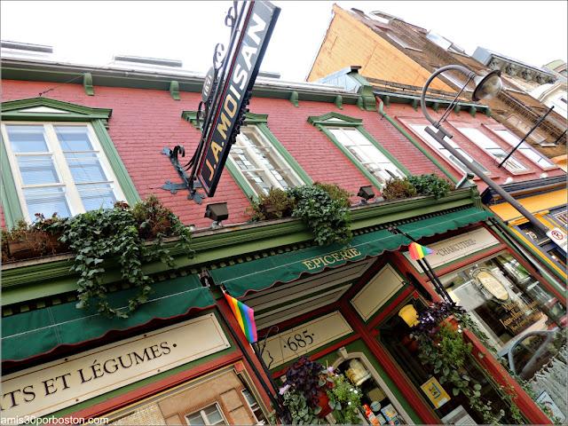 Fachada de la Tienda Épicerie J.A. Moisan en la Ciudad de Quebec