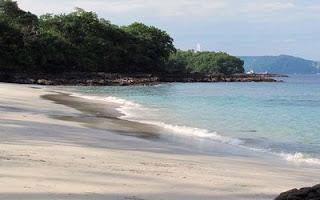 Foto Pantai Bias Tugel Kecamatan Karangasem Bali