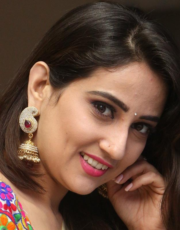 Telugu TV Anchor Manjusha Beautiful Ear Rings Face Close Up Photos