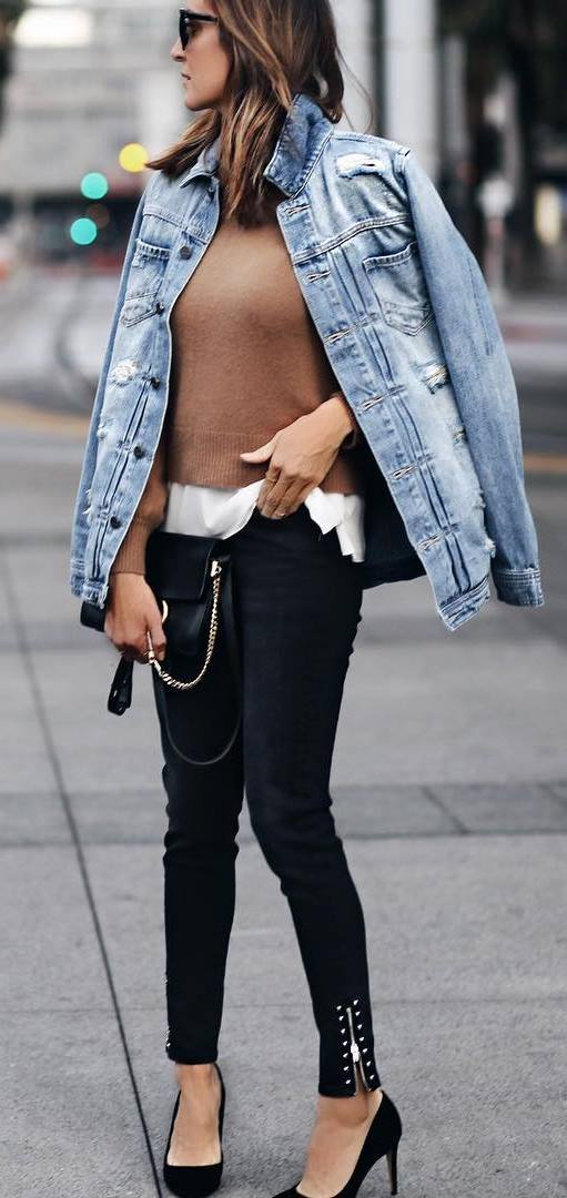 what to wear with a denim jacket : nude top + white shirt + skinnies + heels + bag