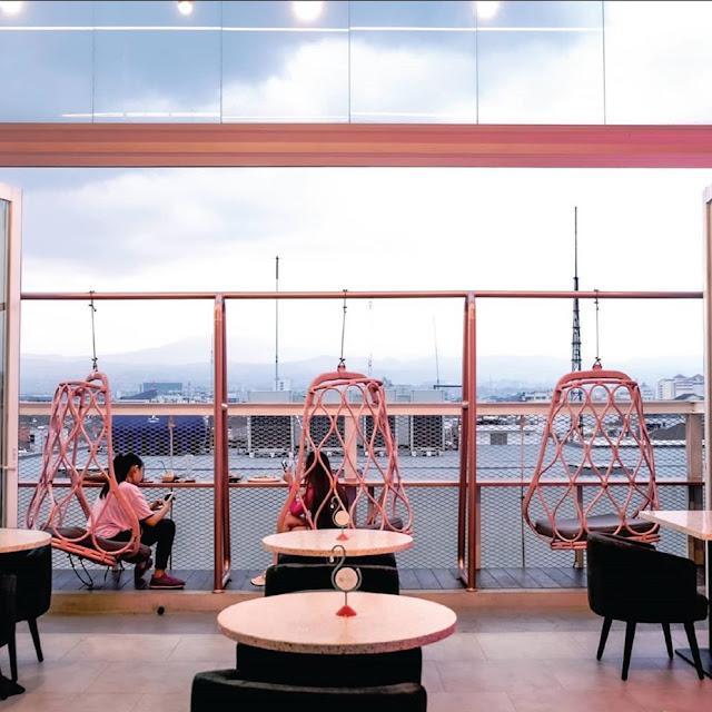 Level Six Cafe Bandung