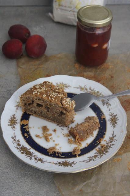 Gâteau à la confiture d'abricots, orange confite et farine de châtaigne (vegan)