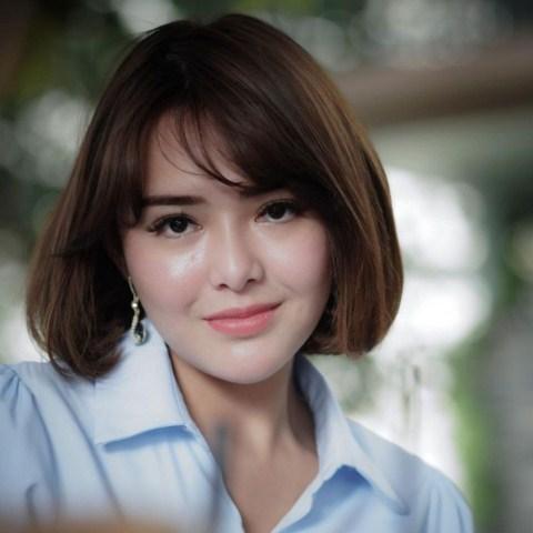 Model rambut wanita Versatile