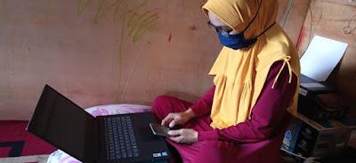 Murid Belajar Online Orang Tua Siswa di Panggala Tidak Mau Ketinggalan