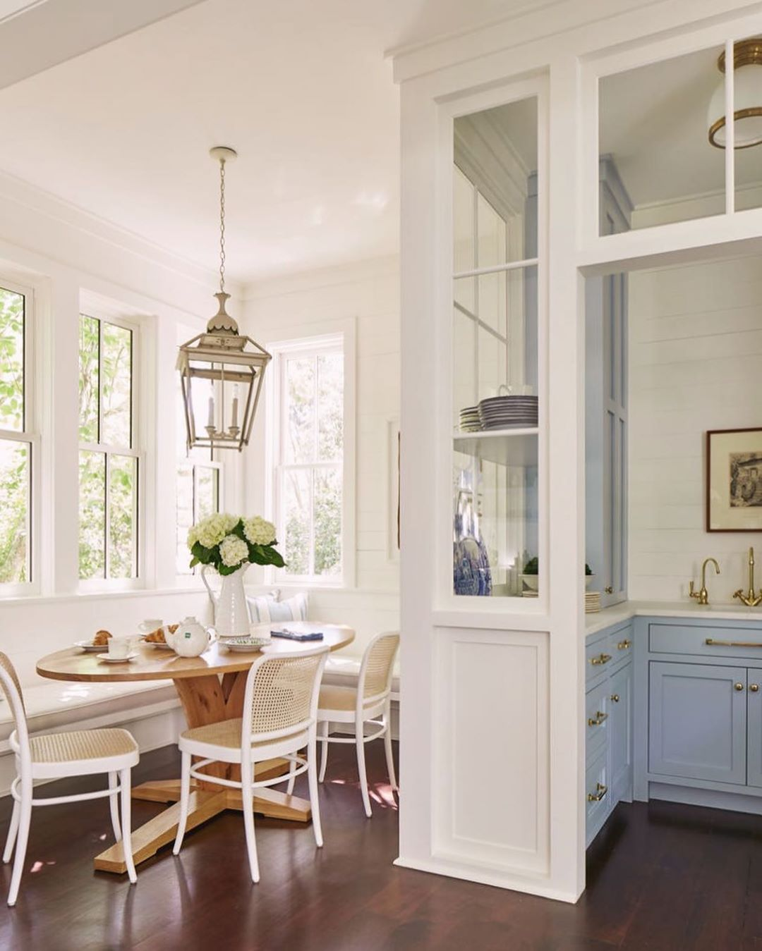 Breakfast Nooks Living & Décor - Cool Chic Style Fashion - Blog