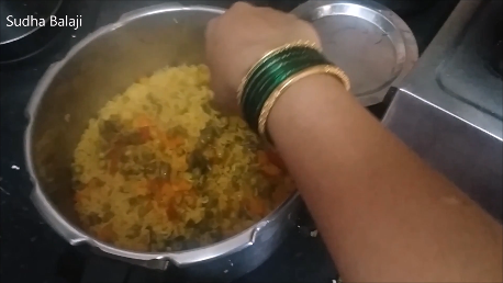khichdi-recipe-1a.png
