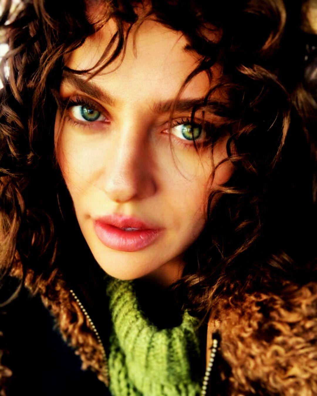 Beautiful Turkish Actress Didem Balcin DP - Dirilis Ertugrul
