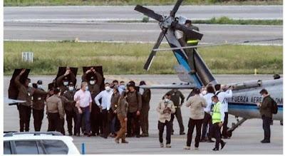 إطلاق نار على طائرة كانت تقل رئيس دولة..فيديو