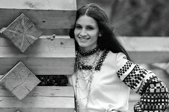 София Ротару – эстрадная певица. Родилась в селе Маршинцы Новоселицкого района