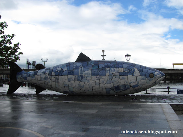 Скульптура Большая рыба, Белфаст