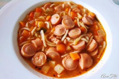 nakki minestrone, minestrone keitto, maailman paras minestrone, minestrone nakeista