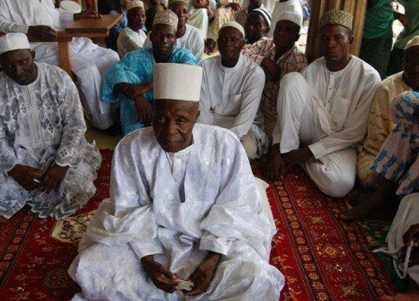 رجل نيجيري يتزوج 107 امرأة مؤكدا أنه وحي من الله