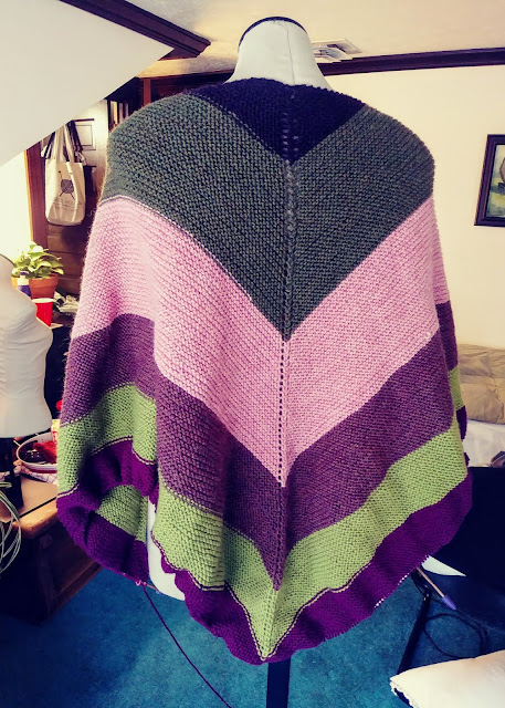 Easy top down shawl using Knit Picks wool https://shareasale.com/r.cfm?b=1435446&u=1446317&m=59159&urllink=&afftrack=