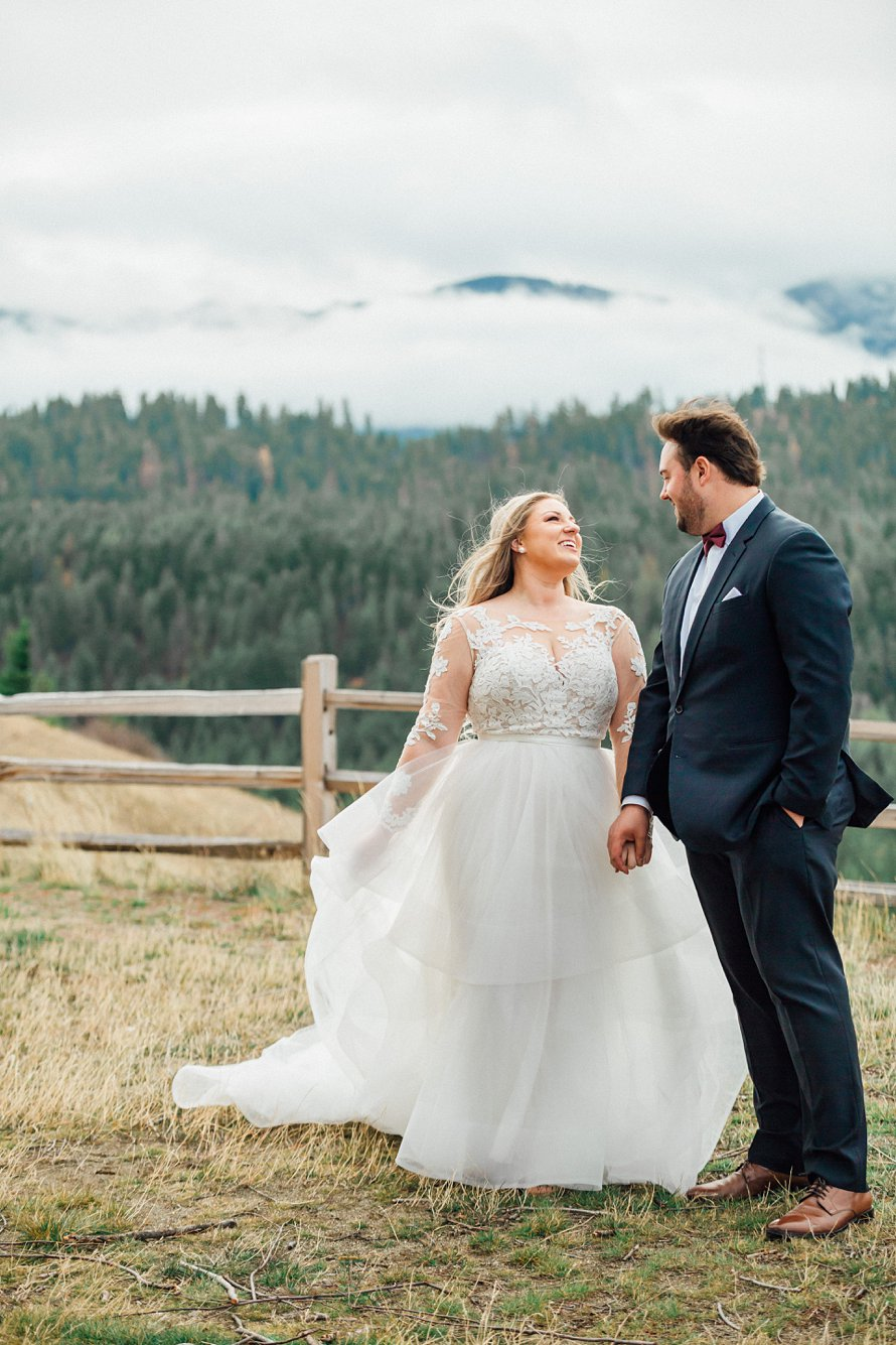 Cle Elum Wedding Venue-Swiftwater Cellars-Suncadia Resort Wedding Photographers-Something Minted Photography