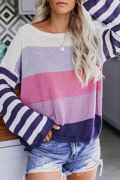 Knitted outfits are versatile pieces that adapt to every woman's style. Mix up your style with these 25 Charming Knitwear to Keep You Stylish and Warm. Winter outfits via higiggle.com | #knit #winter #fashion #chic