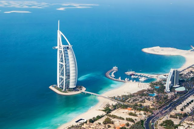 If you want to live in luxury in Dubai, here's what it'll cost you