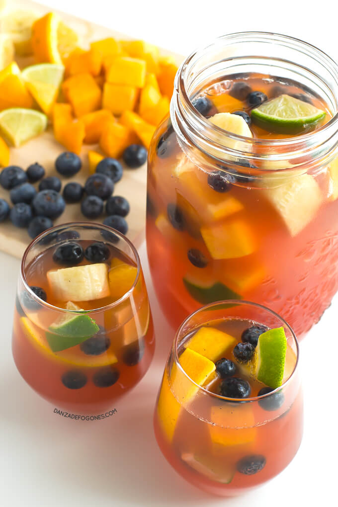Sangria without alcohol and sugar | danceofstoves.com