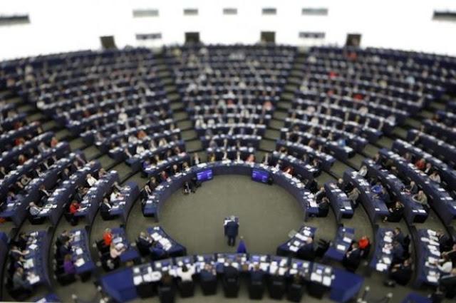 Ευρωβουλευτές καταδικάζουν τη «ζώνη ασφαλείας» της Τουρκίας στη Συρία
