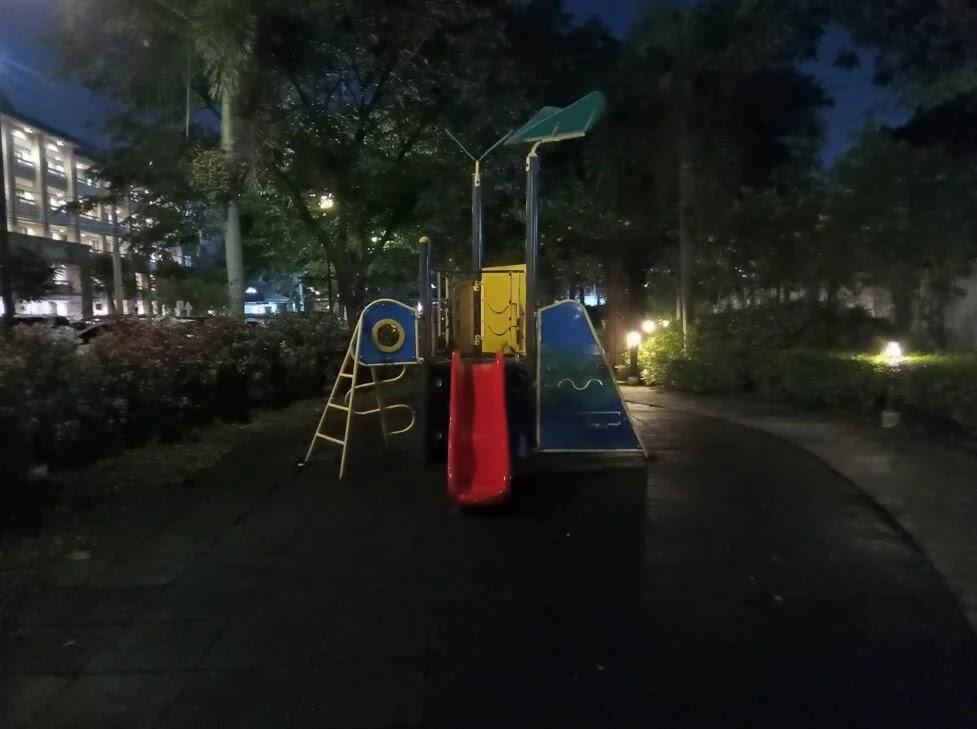Nokia G10 Camera Sample - Playground, Night, Night-Mode