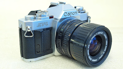 Canon AV-1 (Chrome) Body #773, Canon New FD 35-70mm 1:3.5~4.5 #568