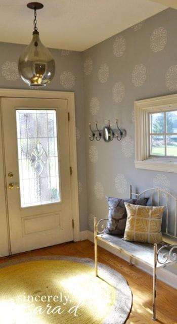 Desain Foyer untuk Membuat Rumah Tetap Rapi