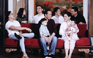 Anak-Menantu Maju ke Pilkada, Media Asing Soroti Dinasti Politik Keluarga Jokowi
