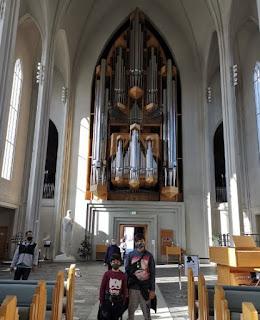 Reykjavík, iglesia Hallgrimskirkja.