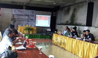 Wartawan Bojonegoro, Tuban, & Blora Ikuti Lokakarya Jurnalistik Oleh LPDS Bersama EMCL