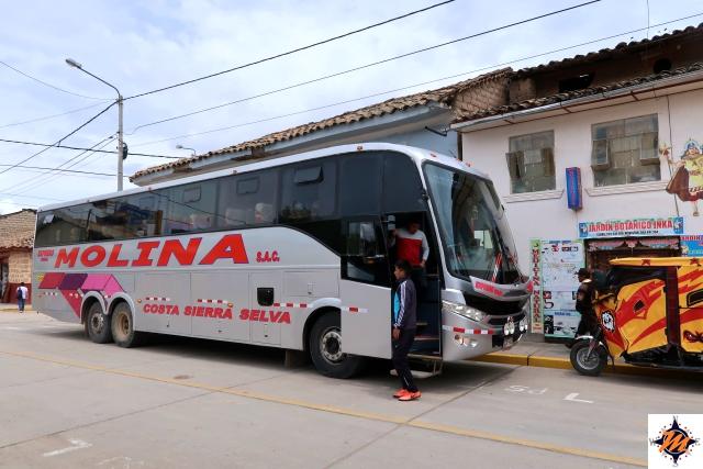 Da Ayacucho a Huancayo. Autobus Empresa Molina