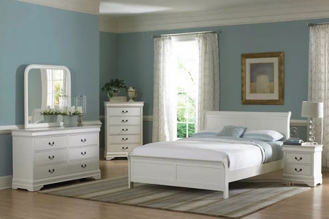 Giường ngủ gỗ sồi trắng tinh tế, sang trọng